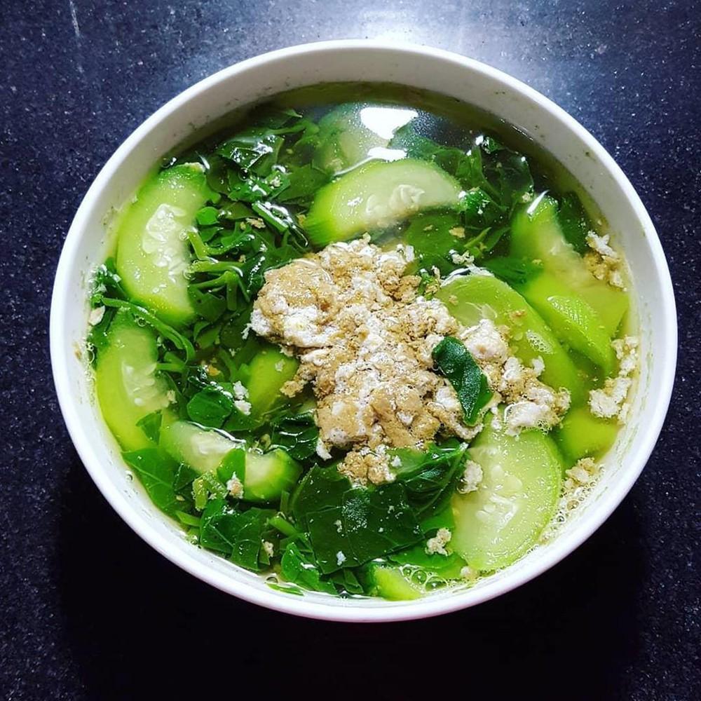 Cách nấu canh cua rau đay mướp hương đơn giản thơm ngon bổ mát