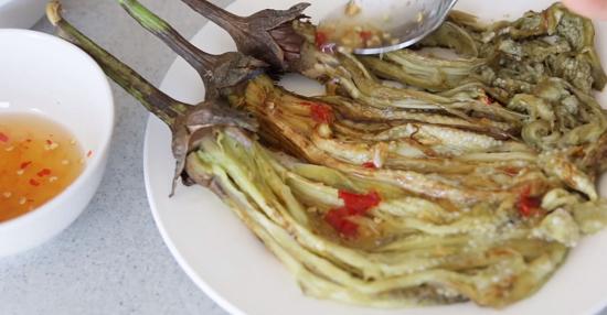 Cách làm cà tím nướng mỡ hành thơm ngon 8